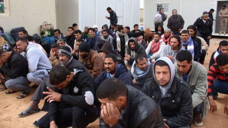 Египтяне бегут из Ливии