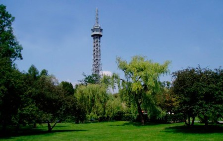Башня Петрин