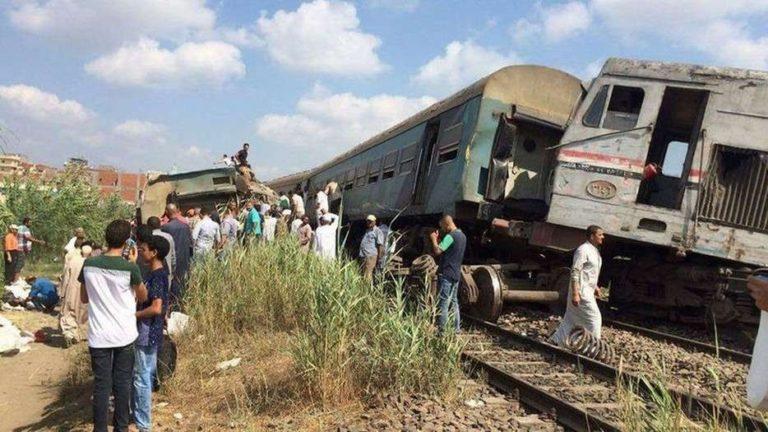 столкновение пассажирских поездов