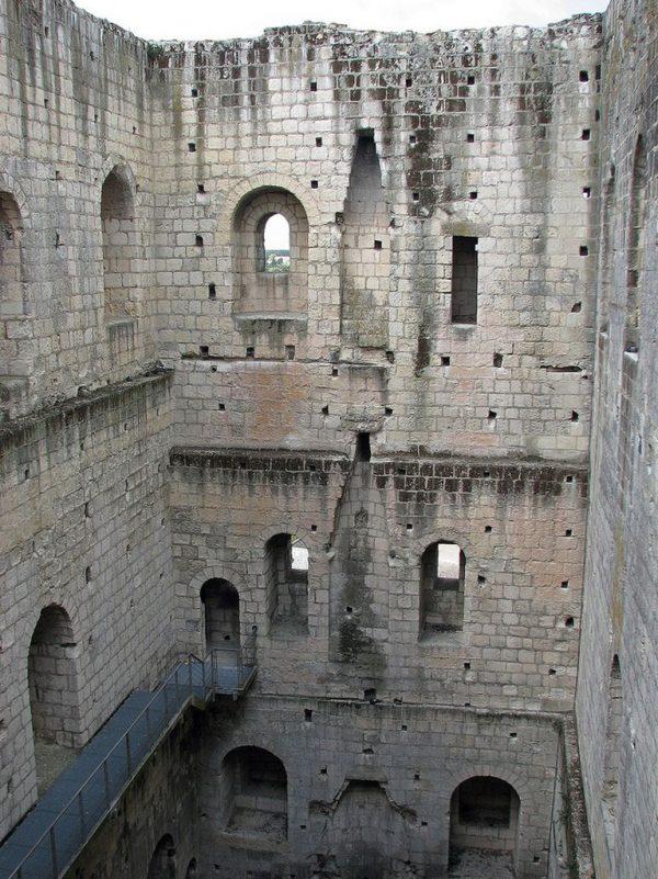 замок Лош