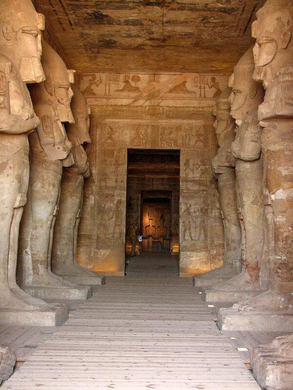 храм Абу-Симбела